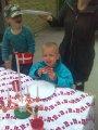 christoffer holder 4 års fødselsdag for børnehaven. Hjemme og i børnehaven